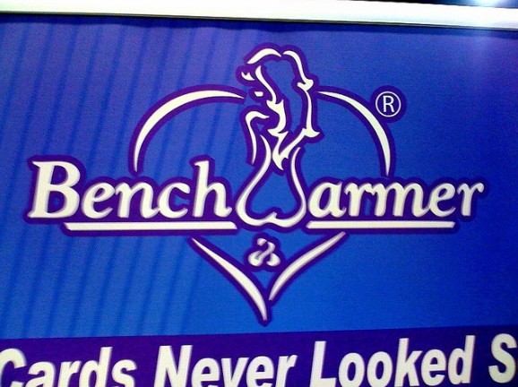 Logo Bench Warmer