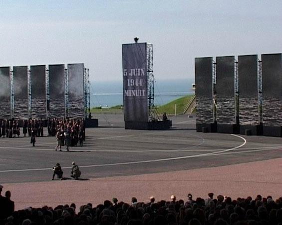 Dimanche 6 juin 2004 - 11h00 - Omaha Beach -  60e anniversaire du débarquement en Normandie.