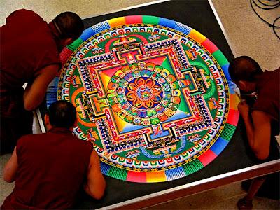 Mandala_Tibetain_sable dans Partages et Enseignements