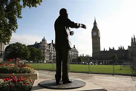 Sculpture de Nelson Mandela par Ian Walters
