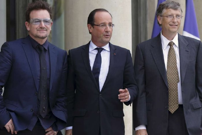 Bono, F. Hollande et Bill Gates à L'Elysée