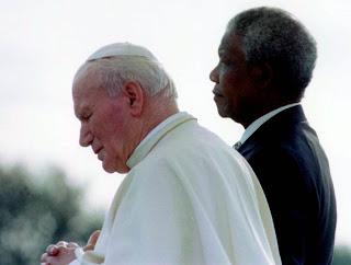 Nelson Mandela et le pape Jean-Paul II