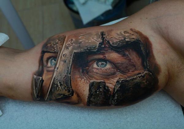 Refard tatoué sur un bras