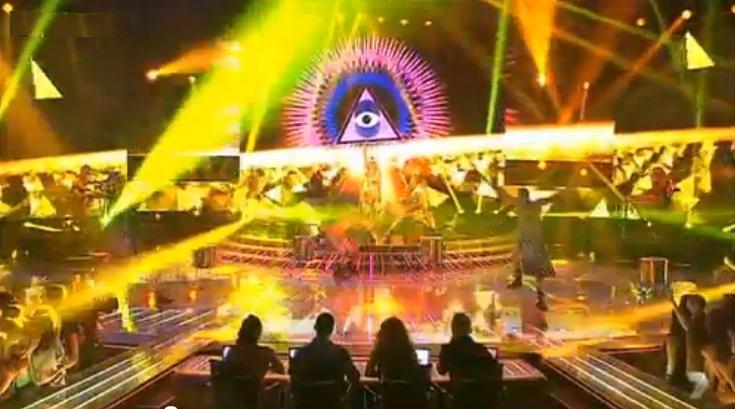 Ke$ha sur scène...