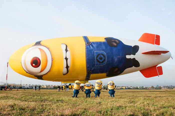 Zeppelin promotionnel pour DESPICABLE ME 2