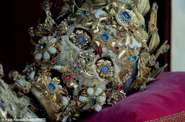 Reliques de St Benoît... © Paul Koudounaris