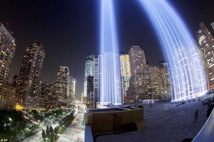 - WTC Twin Towers - New-York -  Commémoration du 11 Septembre 2013